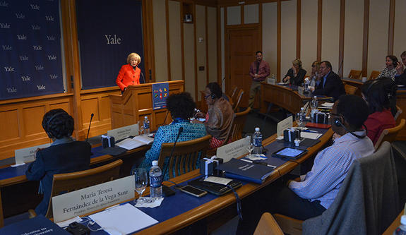 María Teresa Fernández de la Vega, President of the Women for Africa Foundation, addressing Leadership Forum for Strategic Impact participants in 2016.